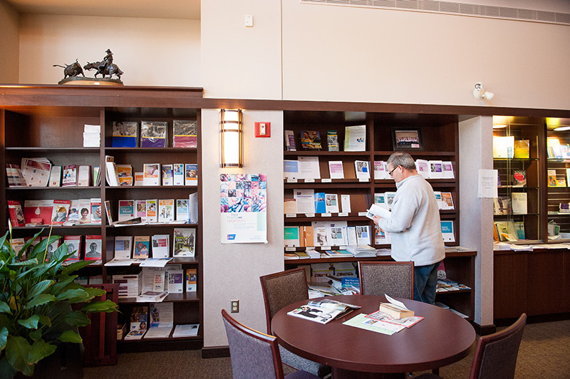 Leever Cancer Center Library
